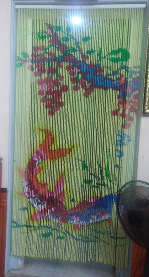 Rèm hạt nhựa kết tranh hình 2 con cá