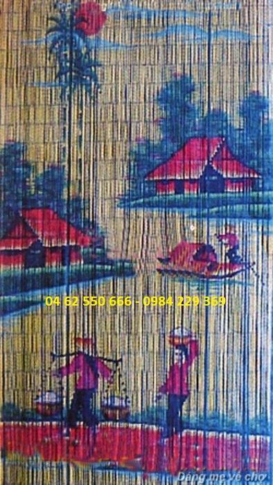 Rèm trúc tranh dáng Mẹ về chợ